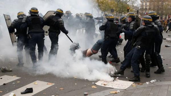 manif-29-novembre-violence-policiere
