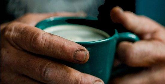 Le café pendiente