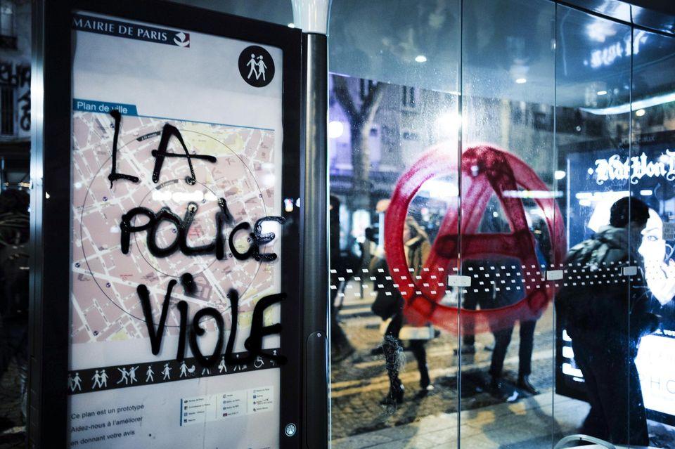 tag-police-viole